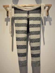 青森県の十和田市現代美術館は藩政時代の南部藩に位置しているので、南部菱刺しが充実している。菱刺しの「たっつけ(農作業ズボン)」 Japanese Farm working clothes ''Tattsuke''