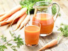 """Pour illuminer votre teint et faire le plein de vitamines, misez sur la carotte bio, votre allié santé et beauté ! Cosmétiques vitaminés, cure détox, produits gourmands et recettes... voici nos astuces, bonnes idées et notre sélection shopping """"spécial carotte bio"""" !"""