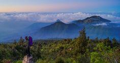 34 Gunung Pemandangan Indah Di Pulau Jawa Mendaki Gunung Lawu Yang Bernuansa Mistis Pesona Indonesia Download 6 Gunung Di Jaw Di 2020 Pemandangan Pulau Air Terjun