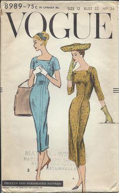 Annata 1956 Vogue Sewing Pattern 8989 un pezzo vestito taglia 12 di RanchQueenVintage su Etsy https://www.etsy.com/it/listing/229656145/annata-1956-vogue-sewing-pattern-8989-un