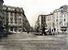 Piazza Barberini ca) Old Photos, Rome, Louvre, Street View, Italy, History, Places, Photography, Travel