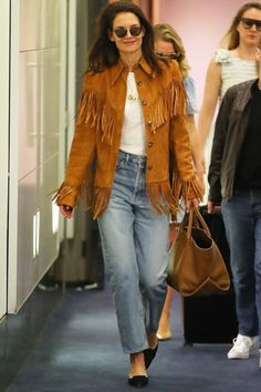 Fringed jacket trend: Meet the jacket that you should invest in for 2020 Fringe Coats, Fringe Leather Jacket, Leather Jacket Outfits, Vest Outfits, Suede Outfits, Leandra Medine, Winter Fashion Outfits, Fashion Week, Women's Fashion