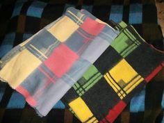 das ist die gleiche Decke, aber in anderen Farben. Wahrscheinlich sogar noch  Anfang der 50er Jahre. Beide Decken in einem neuwertigen Zustand :) Haben wir auch erst vor ein paar Wochen bekommen