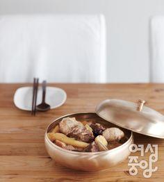 Kaesong-style Steamed Radish served with Pork Ribs! #Korea #Food