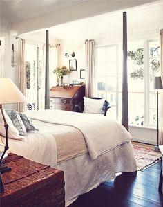 cozy bedroom.