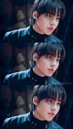 Jung jae won Hwayugi such a cutie One Yg, 3 In One, Cha Seung Won, Lee Seung Gi, Korean Drama Movies, Korean Actors, Boys Like, Cute Boys, Yg Entertainment