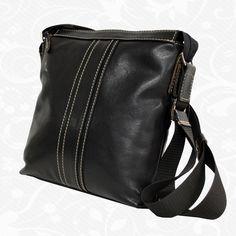Majte všetko konečne pekne, pohodlne usporiadané a hlavne všetko pokope. Viacúčelové puzdro nemusíte nosiť len v kabelke či taške, ale môžete si ho zavesiť o ruku alebo nosiť cez plece. Začnite nosiť svoje doklady, peniaze či telefón v bezpečí s našimi viacúčelovými púzdrami. http://www.kozeny.sk/produkt/prakticka-kozena-etuja-c-8586