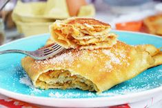 Naleśniki z jabłkami Pancakes, Breakfast, Ethnic Recipes, Food, Morning Coffee, Essen, Pancake, Meals, Yemek