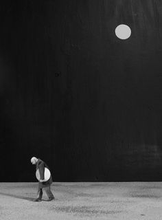 Gilbert Garcin. 407 - La condition humaine, 2010
