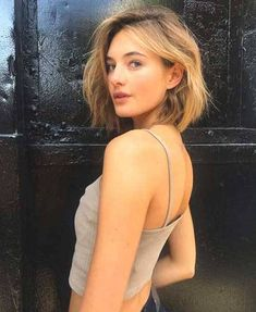 Best Cute Short Haircuts 2019 The UnderCut is part of Short hair cuts - Best Cute Short Haircuts 2019 Is it accurate to say that you are exhausted with your typical hairstyle Would you like to make a flawless short hairstyle Cute Bob Haircuts, Summer Haircuts, Trending Hairstyles, Bob Hairstyles, Hairstyle Short Hair, Pelo Midi, Medium Thin Hair, Medium Choppy Hair, Ombre Hair