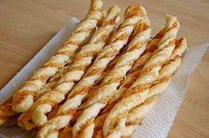 Käsestangen aus Blätterteig, ein raffiniertes Rezept aus der Kategorie Kalt. Bewertungen: 94. Durchschnitt: Ø 4,6.