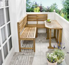 Balcony furniture for a narrow balcony - interior design examples Narrow Balcony, Balcony Bar, Small Balcony Design, Small Balcony Garden, Small Balcony Decor, Small Patio, Interior Design Examples, Apartment Balcony Decorating, Decoration Design