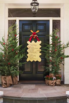 Christmas door decoration - LOVE this!!!
