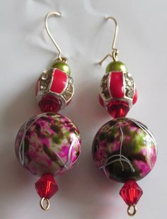 Olive Green ,Red and pink abstract earrings Pink Abstract, Red And Pink, Olive Green, Drop Earrings, Christmas Ornaments, Holiday Decor, Stuff To Buy, Jewelry, Design