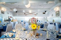 Casual blue and white themed reception - photo by Jelger & Tanja Photography