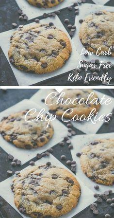 Keto Chocolate Chip Cookies – Super Soft via @fatforweightlos Low Carb Cookies, Keto Chocolate Chip Cookies, Healthy Cookies, Chocolate Cake, Ketogenic Recipes, Low Carb Recipes, Ketogenic Diet, Protein Recipes, Ketogenic Lifestyle