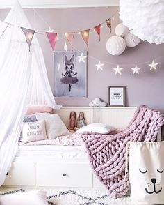 Kids Bedroom in Pink! See other PInk inspiration for your Home. https://blog.pianetadonna.it/anomaj/rosa-co-40-ispirazioni-tutte-al-femminile/ #kidsbedroom #ideas #pink #pinklavender