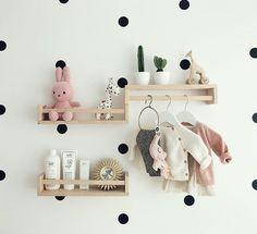 We zijn zó klaar voor jou, kleine Spruijt! Ikea Baby Room, Baby Bedroom, Baby Room Decor, Nursery Room, Baby Rooms, Girl Nursery, Baby Zimmer Ikea, Miffy Lampe, Nursery Shelves