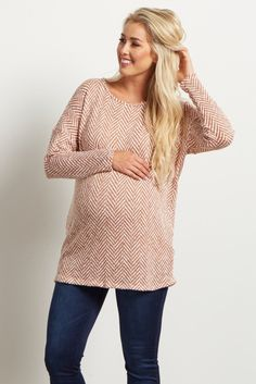 An absolute essential this season, this pretty chevron knit top is cute, comfy and will keep you warm throughout these cooler months! Every new mother needs a casual-chic sweater, especially one that shows off your growing bump in style. Wear this knit maternity top with your favorite maternity jeans and some cute boots for a casual day out look!