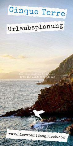 Hier wohnt das Glück besucht die Cinque Terre! Spätestens seit der Ernennung im Jahre 1997 zum UNESCO-Weltkulturerbe, sind die Cinque Terre (dt.: Fünf Dörfer) kein Geheimtipp Italiens mehr. Mehr Info auf unserem Blog. #cinqueterre #hierwohntdasglück #italien #fünfdörfer #ausflug #ocean #travel #sunset #sunrise #europa #food #mustsee #urlaubinitalien #urlaub #holiday #wandern Cinque Terre, Reisen In Europa, Around The Worlds, Water, Outdoor, Travel, Inspiration, Northern Italy, Vacation Places