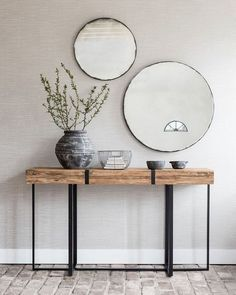 Wood and metal table . - Wooden and metal table - Interior Design Living Room Warm, Living Room Designs, Wood And Metal Table, Metal Tables, Decoration Hall, Entrance Table Decor, Entry Tables, Modern Entry Table, Modern Entryway