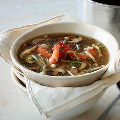 Soupe aux crevettes et aux champignons parfumée au gingembre - Châtelaine