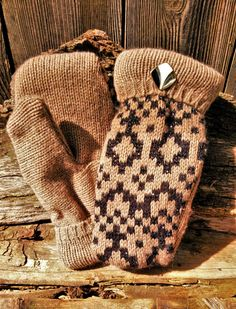 These handmade super-soft sweater mittens were made out of a light brown/tan with black patterned upcycled sweater, lined with black fleece and a repurposed earring as a finishing detail. Sweater Mittens, Sweaters, School Sets, Brown Sweater, Teaching Art, Public School, Knitted Hats, Upcycle, Winter Hats