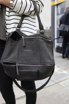 Luv the the casual toughness of this bag. Plus it's super roomy for all my stuff! Givenchy luv!