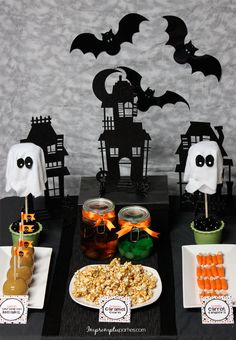 Host a Neighborhood Trick or Treat 'Pre-Party'