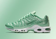 """Nike Air Max Plus """"Summer Satin"""" Pack Page 4 of 4 - SneakerNews"""