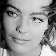 « Delon ? Rien n'est plus froid qu'un amour mort ! » Clara. XXII. Catastrophically in love with Romy...