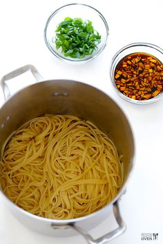 Easy Sesame Noodles -- ready in 15 minutes, and delicious served warm or cold! | gimmesomeoven.com