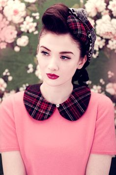 Vintage look - love that shirt with the plaid, Peter Pan collar
