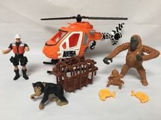 Animal Planet Helicopter Primate Rescue Playset 8 Pcs Pilot 3 Primates Bananas  | eBay