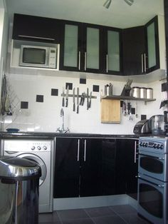 Google Image Result for http://assets.curbly.com/photos/0000/0000/2583/kitchen_from_door.JPG