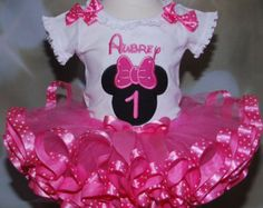 Minnie Mouse tutu set/ Minnie Mouse birthday por Divastutusboutique