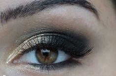 Gold Smokey Eye Holiday Makeup Tutorial! http://karasglamourblog.blogspot.com/2013/11/gold-smokey-eye-holiday-make-up-tutorial.html