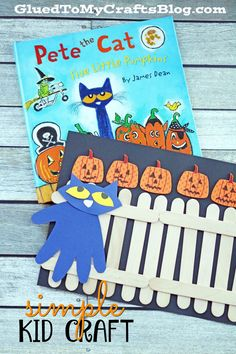Pete the Cat : Five Little Pumpkins Kid Craft Idea - Glued To My Crafts Halloween Books, Halloween Activities, Halloween Kids, Halloween Themes, Preschool Activities, Halloween Crafts, Preschool Books, Preschool Learning, Infant Activities