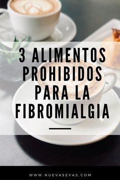 Estos son los 3 Alimentos que empeoran tus dolores de Fibromialgia y que debes evitar. Eliminar estos alimentos de tu dieta te permitirá vivir libre de dolor y recuperar tu vida anterior a la fibromialgia. #FibromialgiaTratamiento #FibromialgiaNuevaEvas #AlimentosParaFibromialgia #DietaParaFibromialgia #Fibromialgia Home Remedies, Natural Remedies, Fibromyalgia Treatment, Healthy Smoothies, Health Tips, Lose Weight, Healthy Eating, Tableware, Recipes