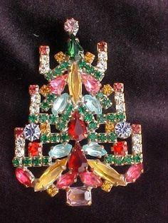 Czechoslovakian Czech Rhinestone Jewelry Group 8 Pins Christmas Tree x mas Motif