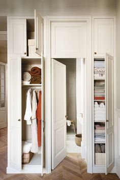 Made To Measure Furniture, Bed Parts, Put Together, How To Get Sleep, Mediterranean Style, My Dream Home, Ideas Para, Home Office, Entryway