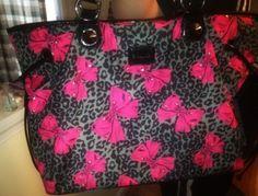 .Betsey Johnson bow purse<3!