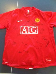 Multi signed Manchester United football shirt 07/08 Double Winners
