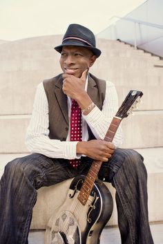 """Keb """"Mo"""",  Coolness """"Step aside & let your light shine"""" :)"""