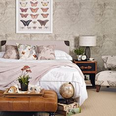 Vintage bedroom with collectables | Traditional bedroom ideas | Bedroom | PHOTO GALLERY | Housetohome.co.uk