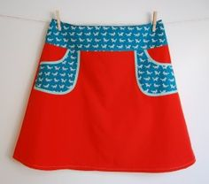 Hipskirt Coral red with Foxes in Petrol on Pockets