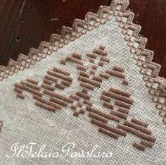 Lino bianco Belfast 12,6 fili per un abbinamento di punti Hardanger Embroidery, Cross Stitch Embroidery, Sewing Lace, Drawn Thread, Bargello, Cross Stitch Borders, Crochet, Pattern, Camilla