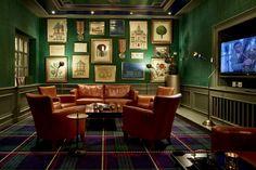 Hotel Walther | Pontresina Interior Work, Das Hotel, Palace, Virginia, Flat Screen, Gallery Wall, Home Decor, House, Blood Plasma