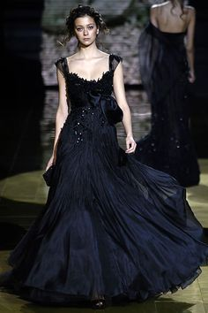 Elie Saab Spring 2006 Couture - Collection - Gallery - Style.com