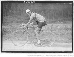 [Recueil. Tour de France cycliste de 1938. Étapes non identifiées, coureurs identifiés] : [lot de photographies de presse] / [Agence Meurisse ?] - 1